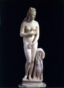 Venere Capitolina, Prima metà II secolo d.C. marmo pario 193 cm di altezza, Roma, Musei Capitolini