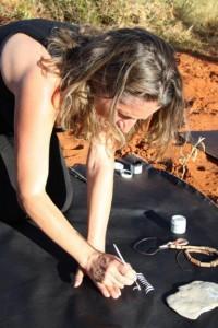 La De Leucio al lavoro nel deserto australiano